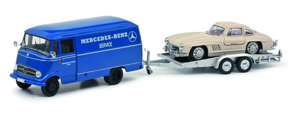 Mercedes-Benz L319 mit Autoanhänger und Mercedes 300SL