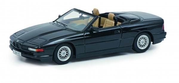 BMW 850 Ci Cabriolet, schwarz-metallic