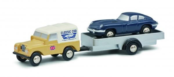 "Land Rover mit Hänger und Jaguar E-Type ""British Classic Car Service"""