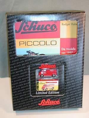 Piccolo Jahrbuch 2000