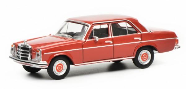 Mercedes-Benz -/8, rot