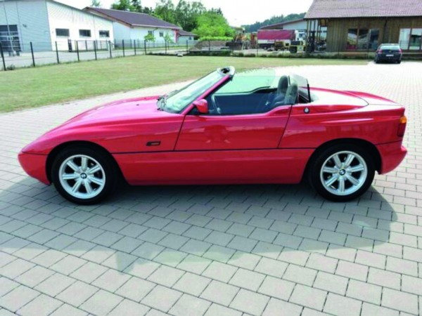 BMW Z1 offen, rot