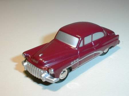 Buick 50, rot