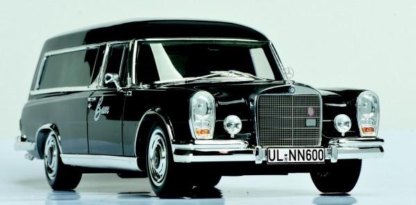 Mercedes-Benz 600 Bestattungswagen